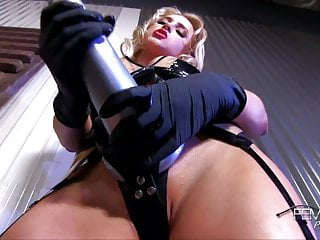 Mistress Alix Lynx Strap-on Tease
