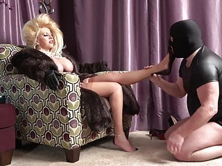 Big Hair Mistress Calls Her Foot Slave.