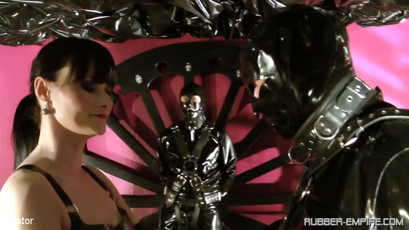 Cheyenne de Muriel & Slave & Sklave in Cheyenne de Muriel: Rubber Until the Doctor Comes - Part 1 - KINK