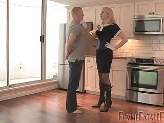 Mistress Eleise - House Training