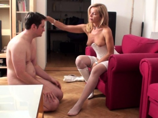 milf Lady Bianca want him smell her White Nylon feet