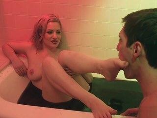 Dom wife in latex anal bangs husband sub