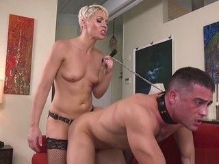 Big ass Milf anal fucks partyboy