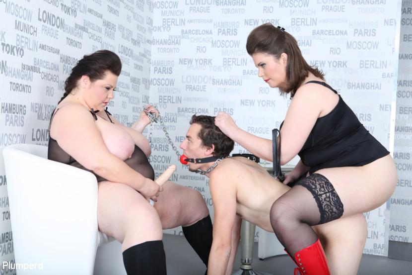 Harry & Lucrecia & Viktorie in Strap-On Ass Fuck - KINK