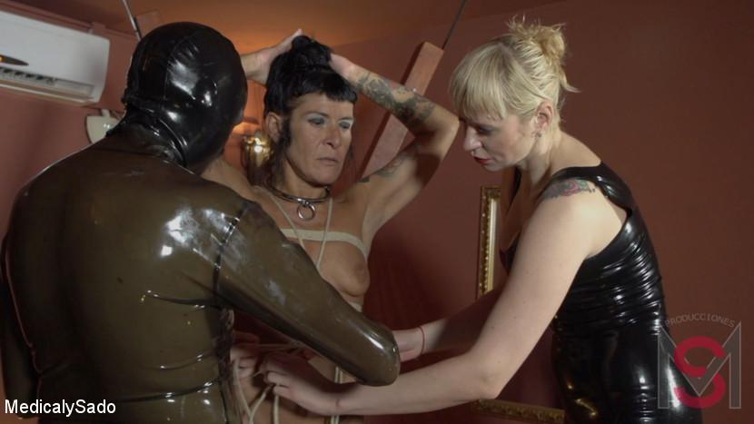 Patricia MedicalySado & Anna & Glitter Slut in The Mistress' Revenge - KINK