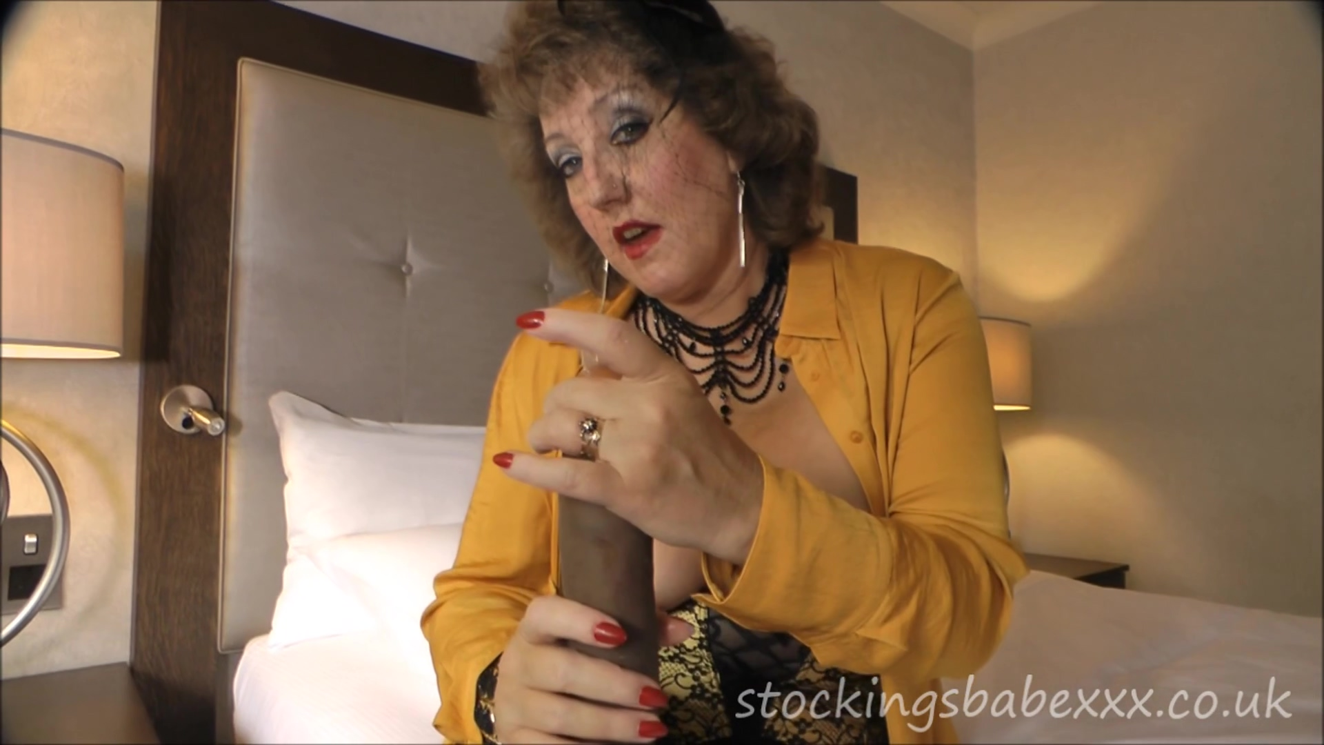 Strappy Fuss shoes old milf using sextoys