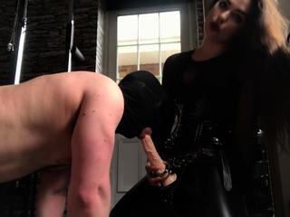 BDSM Femdom Strapon Fun