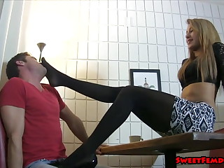 Marina Angel, Ballbusting Waitress
