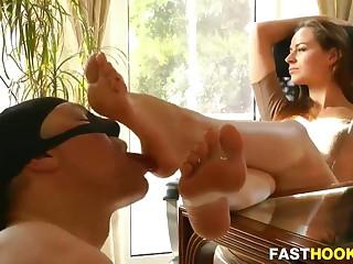 Hot Mistress, Foot Worship