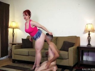 Ballbusting Beautiful Mistress
