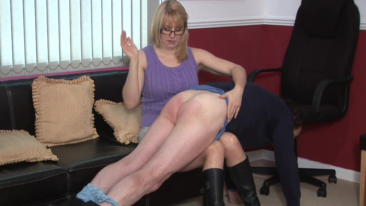 Spanking Audition For Miss Lina