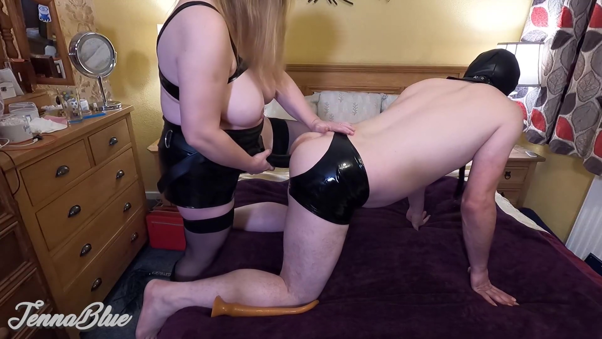 Amateur Bbw Wife Loves Pegging Husband In The Ass With A Big Strapon Until He Cums