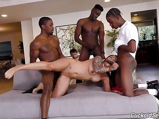 Femdom slut cucks her slave with 3 BBCs