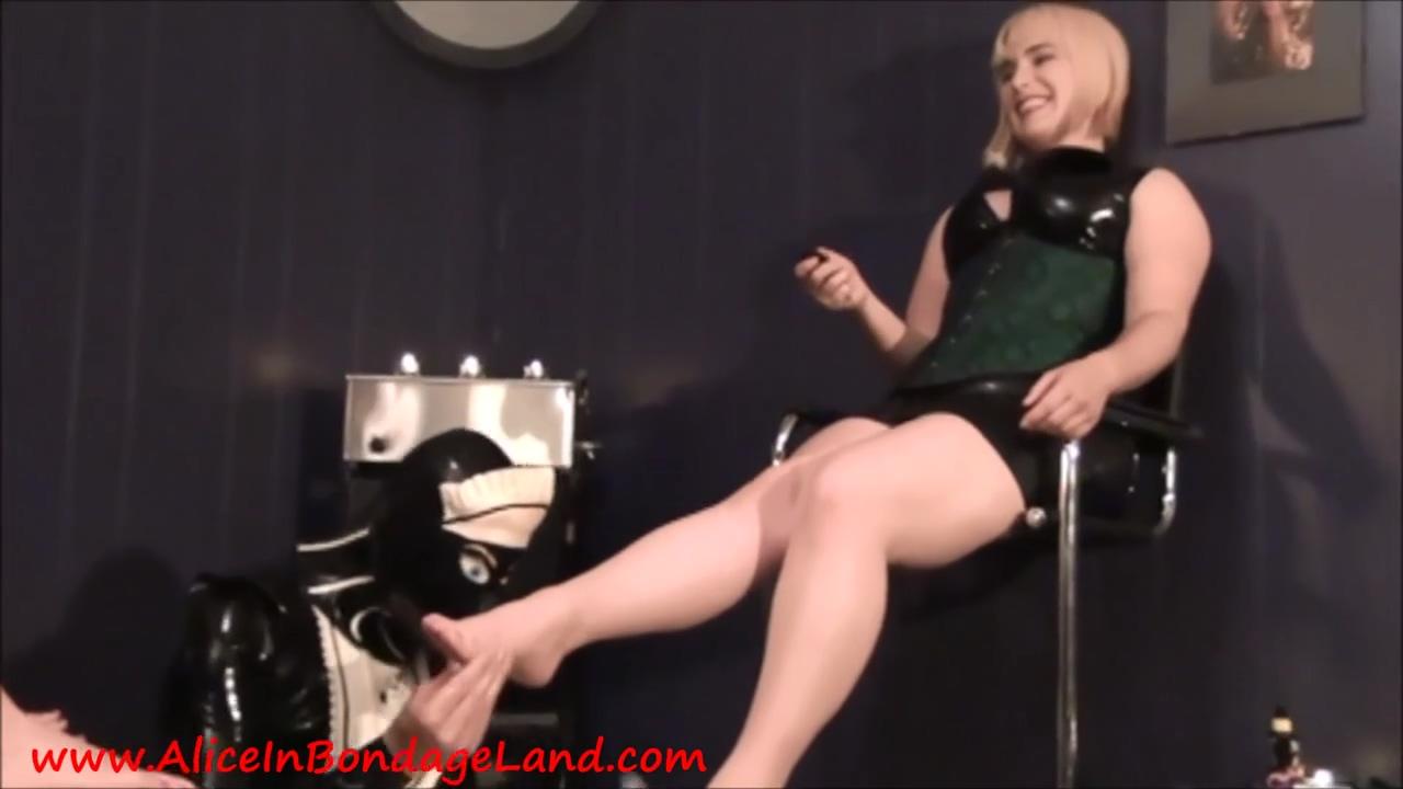 Latex Maid Foot Worship Threesome Sex - Hard Fuck