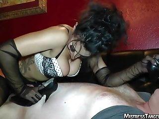 Mistress Tangent foot fetish face sitting femdom
