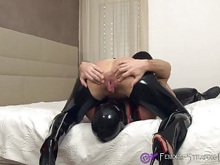 Femdom facesitting and deep rimjob